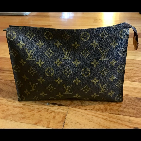 e799cdbdffe3 Louis Vuitton Handbags - Louis Vuitton Monogram Toiletry Pouch 26 Vintage